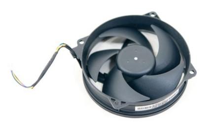 115250-xbox-360-slim-vetrak-aa